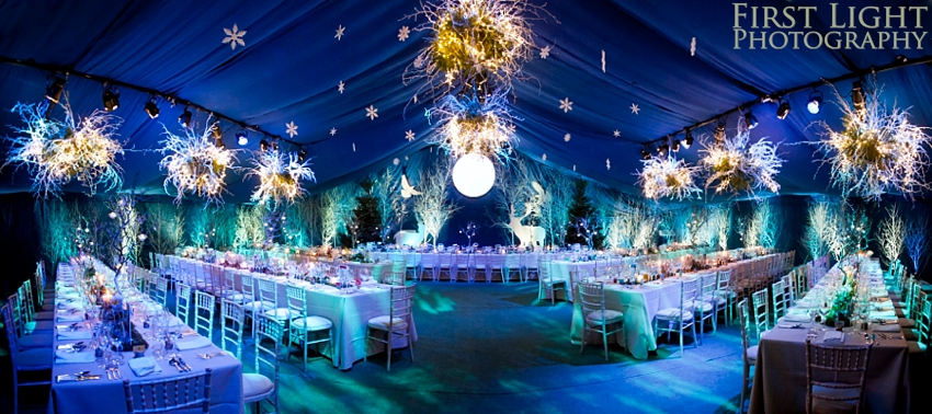 Winter wonderland wedding first light photography winter wonderland wedding with enchanted forest theme junglespirit Images
