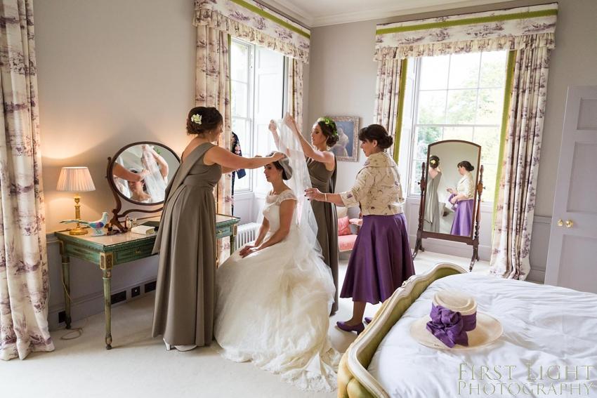 Wedding details, bridesmaid, wedding details