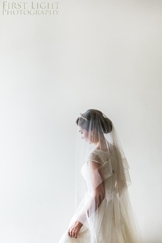 Breid, wedding dress