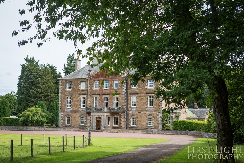 Wedding please, Gilmerton House, Wedding Photographer, Edinburgh Wedding Photographer, Edinburgh, Scotland, Copyright: First Light Photography